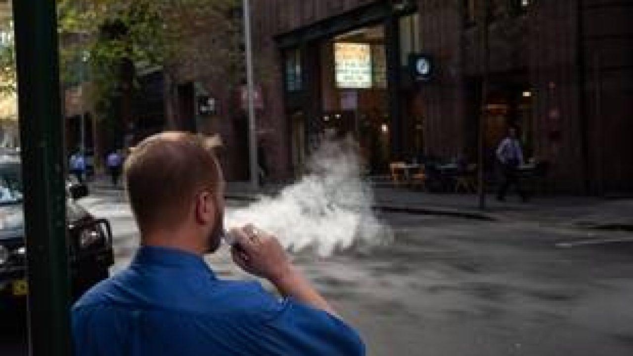 Cigarette électronique : qu'en pensent les médecins ?
